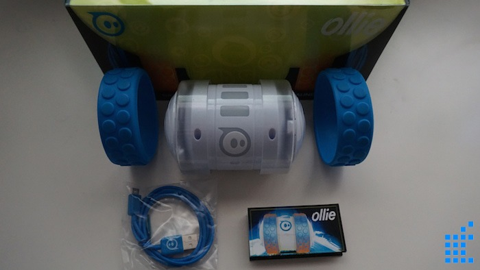 Unboxing Ollie